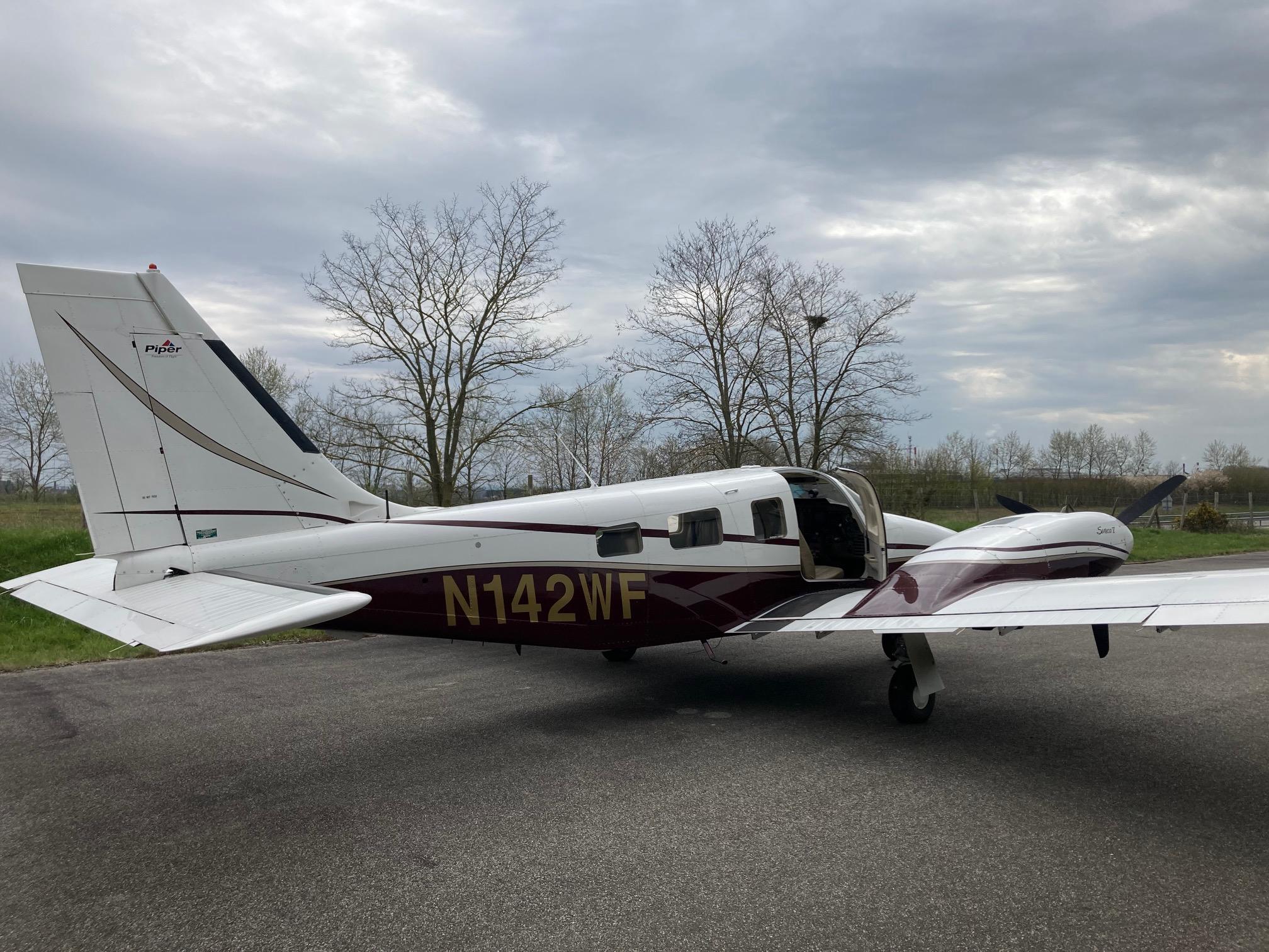 PA-34-220T SENECA V (2003)